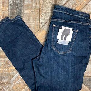 H & M NWT shaping Modelant skinny jeans.